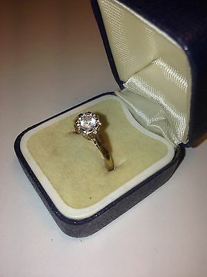 VINTAGE 9ct GOLD SOLITAIRE RING ENGAGEMENT