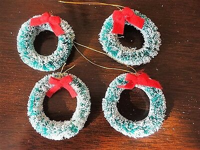 Bottle Brush Christmas Ornament Frosted Wreaths Box decorations (4) Vintage