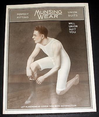 1918 Old Magazine Print Ad, Munsing Wear, Perfect Fitting Union Suits, Suit You!