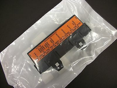 Harley Davidson Fuse Block Cover Assembly OEM 27259-98A