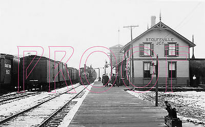 Grand Trunk Railroad (GT) Station at Stouffville Junction - 8x10 Photo