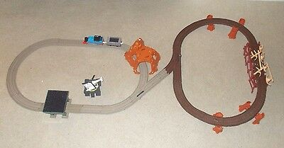 SEE VIDEO Trackmaster Thomas & Friends Motorized Railway Misty Island Discovery