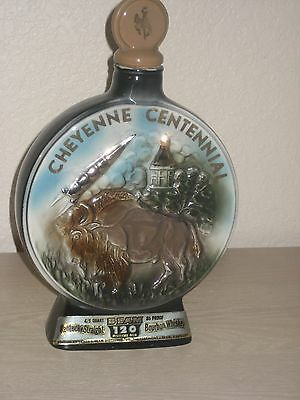 Vintage 1967 Beam's CHEYENNE Wyoming CENTENNIAL 4-5th Qt Decanter Bottle