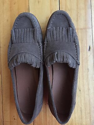 Country Road ladies suede flats/loafers Size 39