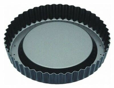 Master Class Non-Stick Raised Fluted Sponge Flan Tin With Loose Base, 20 cm (8 )