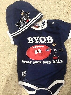 Official AFL Mascot Manor Carlton Blues Baby Bodysuit and hat Set Size 1