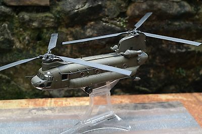 Forces of Valor 1/72 diecast scale chinook helicopter/AFGANISTAN