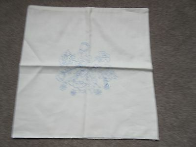 VINTAGE cushion cover EMBROIDERY PROJECT FLORAL TRANSFER APPLIED NEW CONDITION