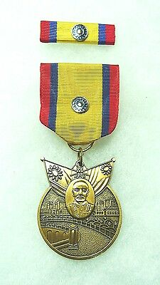 China War Service Memorial Medal, WW2, set/2, Issued to US personnel, US made.