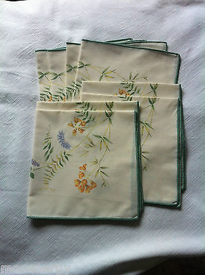 8 Dorma Meadow Table Napkins with Butterflies