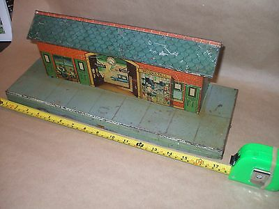 Early Tin Plate O Gauge Station And Signal Box