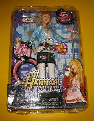 HANNAH MONTANA in the Spotlight DOLL - Sings NOBODY'S PERFECT - new sealed box