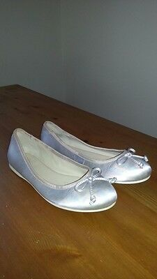 Wittner leather flats size 38/ au 7