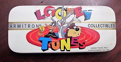 Vintage Warner Bros. Looney Tunes Collectible Tin with Character Buttons 1989