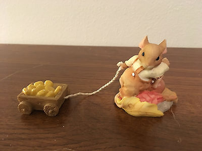 Enesco Pricilla's Mouse Tales Autumn Harvest Is a Treat Mouse Figurine 360449