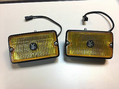 Peugeot 205 GTI front fog yellow light SIEM Left Righ lens and body