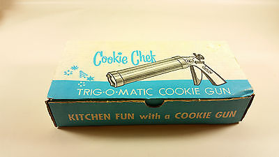 Cookie Chef trig-o-matic cookie gun decorator
