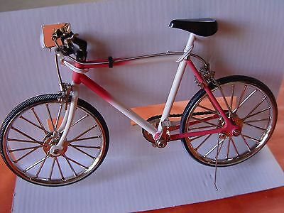 G, Mini Bicycle Decorative Collectible Collection, Die Cast Metal Bike.