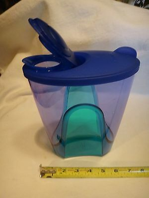 Tupperware Blue Green Pitcher 6.8 cup