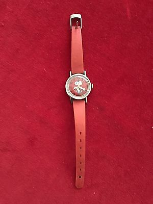 Vintage Timex Snoppy Watch Dated 1958 United Feature Syndicate Schulz