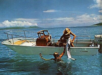 1971 Boston Whaler Power Boat Factory Photo ud4315