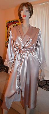 Silky Glossy wet look dusky pink Satin VTG Peignoir Dressing Gown 14-16
