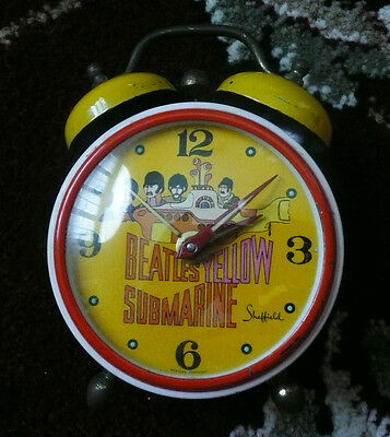 Beatles VINTAGE 1968 ' YELLOW SUBMARINE ' ALARM CLOCK! WORKS GREAT!