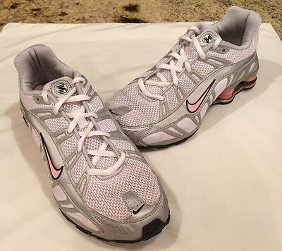 Nike Shox Girls Youth Size 6Y Gray White Pink Leather/Mesh Running Athletic Shoe