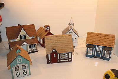 Greenleaf Village Kit completed Built with lights 8016 1983 6 Buildings