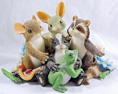 Charming Tails Figurine Friends are the Family We Choose