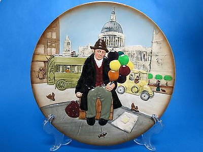 "Royal Doulton D6655 ""The Balloon Man"" Collector Plate - 1st Quality"