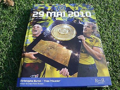 29 mai 2010 rugby ASM CLERMONT livre collector BRENNUS no maillot