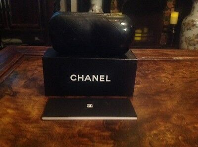 CHANEL black quilted leather eye/sun glasses case