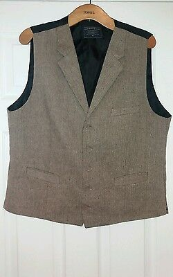 Lloyd Attree & Smith men's brown tweed tailored collared waistcoat. Sz. 42