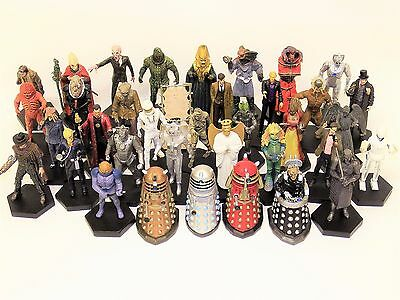 Dr Who A large Collection Of 37 Figures