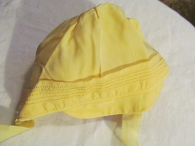 Vintage Baby / Doll Hat, Yellow stitched hat with brim, ties.  Lined.