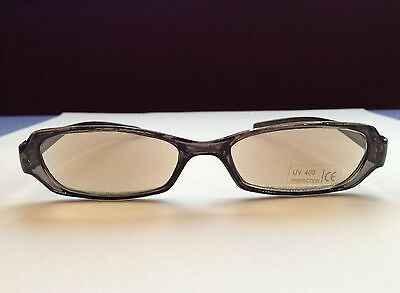 Tinted Reading Glasses +3.00 Slim Trendy Magnifying Sunglasses Grey Black +3 A