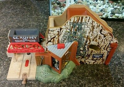 Thomas & Friends Wooden Railway Morgan's Mine With Engine Recognition& SC Ruffey