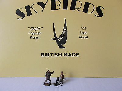 """Dinky Toys / Skybirds. 3"""" Mortar and two crew. Painted"""