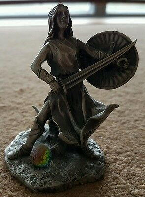 Lord of the rings tudor mint eowyn