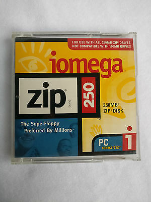 IOMEGA Zip Brand 250MB Super Floppy Disk PC formatted boxed in jewel case new
