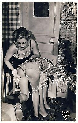 WOMEN'S NUDE BUTT MASSAGE * Vintage 30s Ostra / BIEDERER Photo PC Lesbian Int