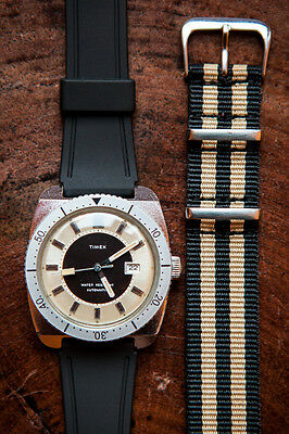 Vintage Timex automatic diver watch, with 2 new straps (NATO + rubber)