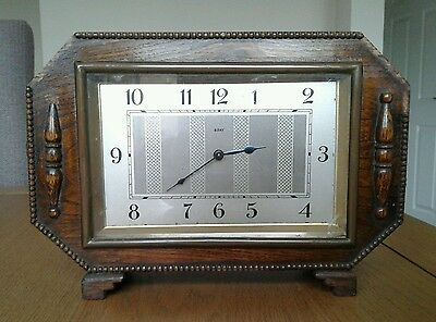Vintage wooden 8 day mantel clock