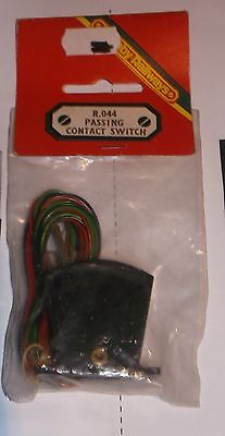 HORNBY RAILWAYS r.044 PASSING CONTACT SWITCH