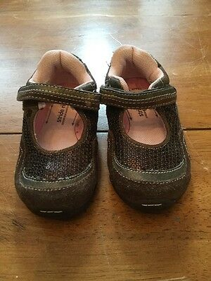 Toddler Girls Stride Rite Shoes Size 5.5W Brown Leather Nice~