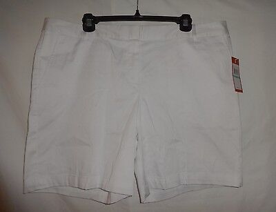 NEW IZOD Size 16 Shorts White GOLF $45