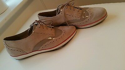 Ladies clarks brogues size 6