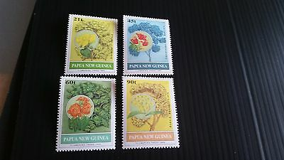 Papua New Guinea  1992 Sg 675-678 Flowering Trees .mnh