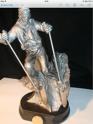 SKIING TROPHY 22cm RETAILED AT £22